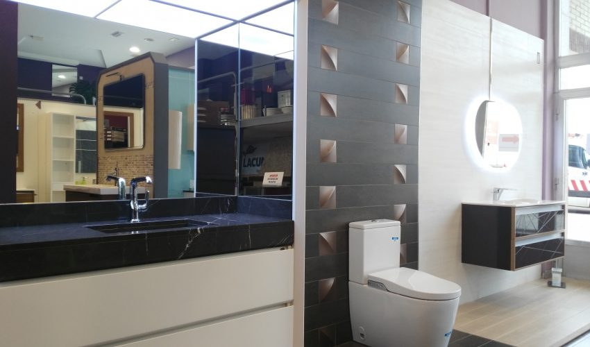 exposición baños en León